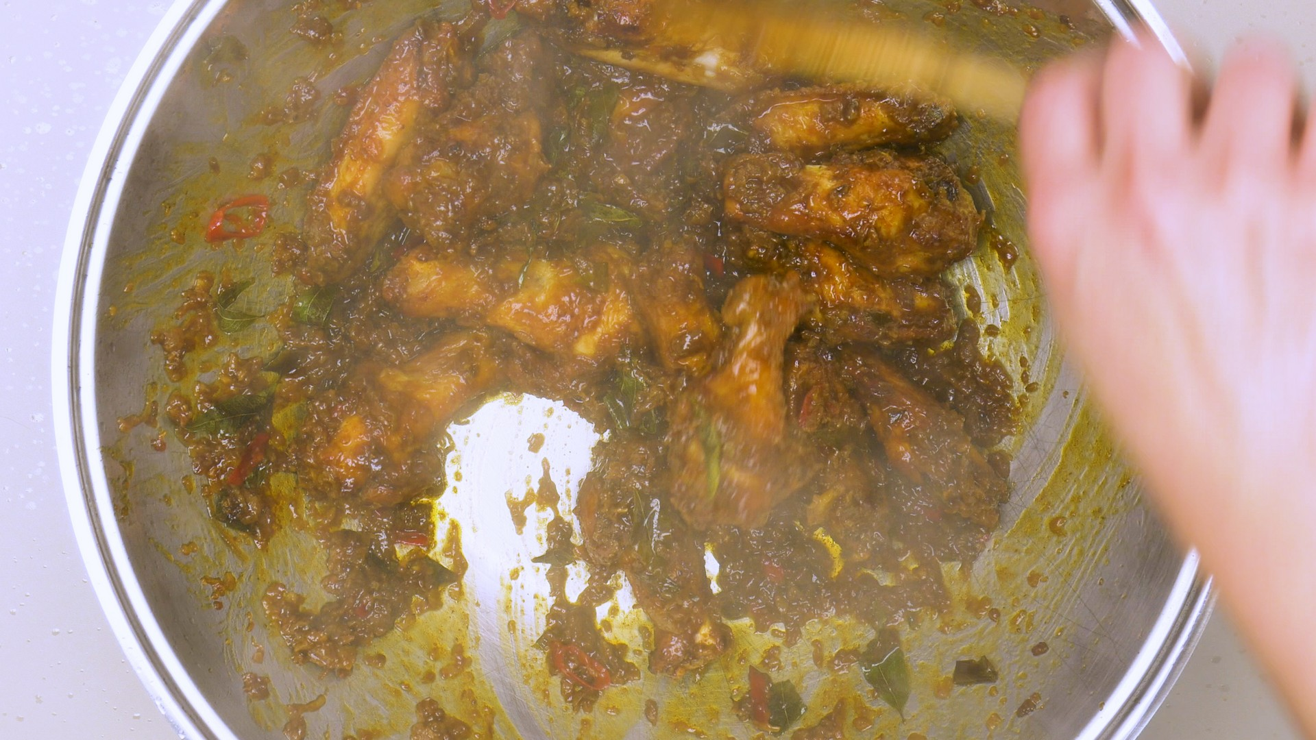 Golden Fragrant Chicken Wings Pic6