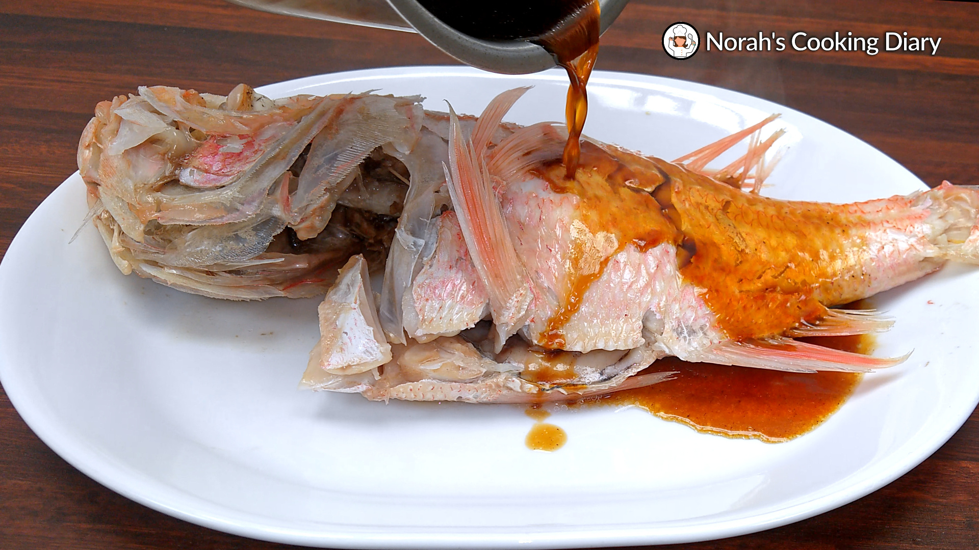 Chinese Style Steamed Fish Pic7