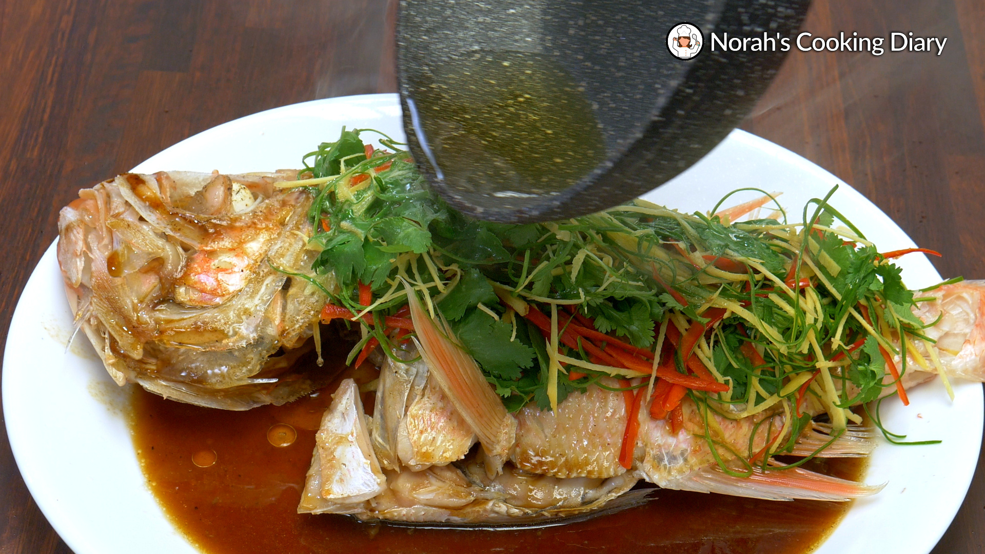 Chinese Style Steamed Fish Pic8